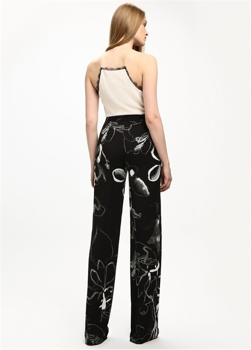Siyah Gül Desenli Krep Boru Paça Pantolon