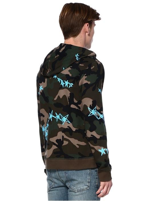 Kapüşonlu Kamuflajlı Yıldız Baskılı Sweatshirt