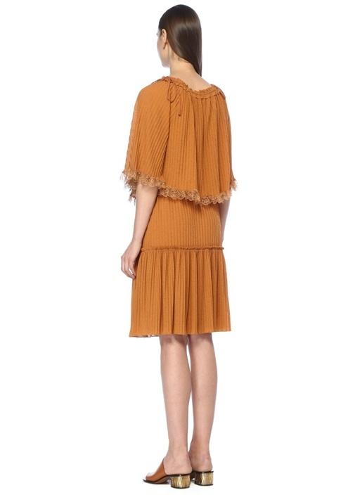 Kiremit Kayık Yaka Dantel Detaylı Mini Elbise