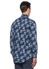 Lacivert Yakası Düğmeli Çiçek Desenli Gömlek