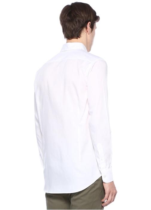 Beyaz Yakası Düğme Kapatmalı Logolu Gömlek