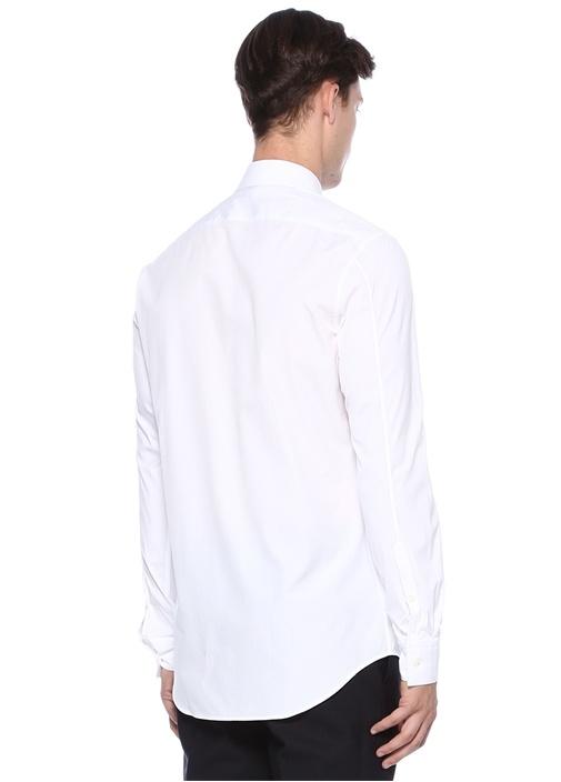 Beyaz Trok İşlemeli Gömlek