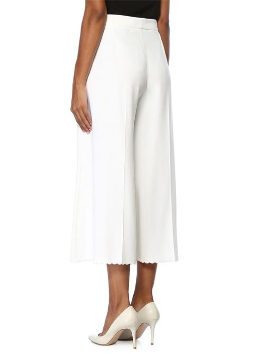 Beyaz Yüksek Bel Paçası Nakışlı Crop Pantolon