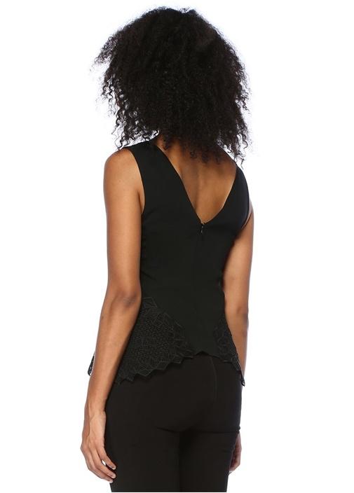 Siyah V Yaka Dantel Detaylı Bluz