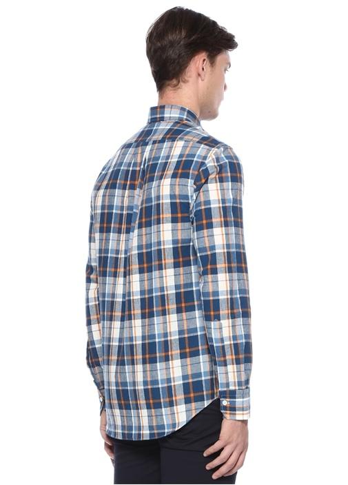 Mavi Yakası Düğmeli Ekose Desenli Gömlek