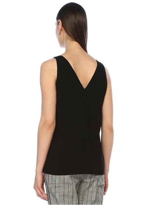 Siyah U Yaka Yanları Yırtmaçlı Krep Bluz