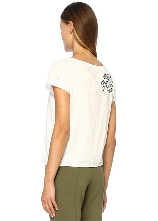 Party Beyaz Kayık Yaka Yazı Nakışlı Basic T-shirt