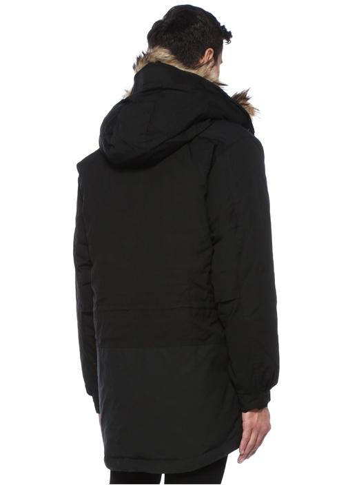 Singi Siyah Kapüşonlu Logo Patchli Mont
