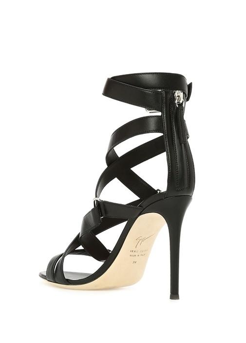 Larissa Siyah Bant Detaylı Kadın Deri Sandalet