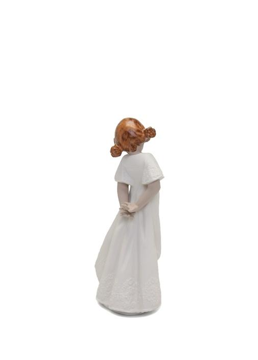 Beyaz Kadın Formlu Porselen Biblo