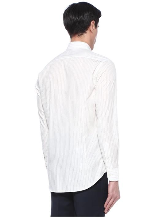 Beyaz İngiliz Yaka Şerit Logolu Gömlek