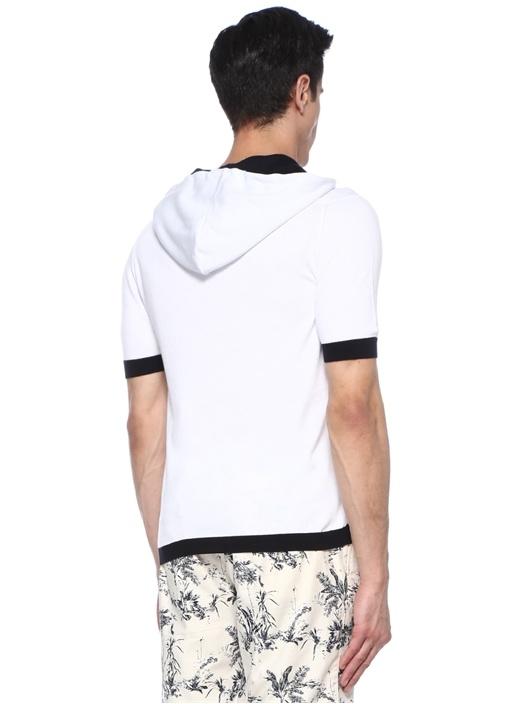 Beyaz Kapüşonlu Renk Bloklu Kısa Kollu Triko