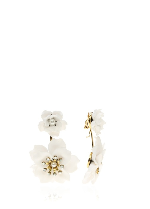 Beyaz Çiçek Formlu Taş Detaylı Kadın Küpe