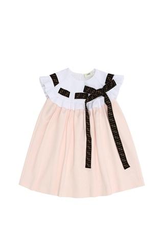 85ff1138c90b5 Fendi Kız Çocuk Pembe Yakası Fırfırlı Logolu Elbise 4 Yaş EU