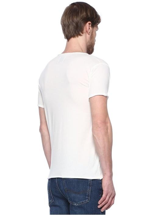 Ekru V Yaka Düğme Detaylı Basic T-shirt