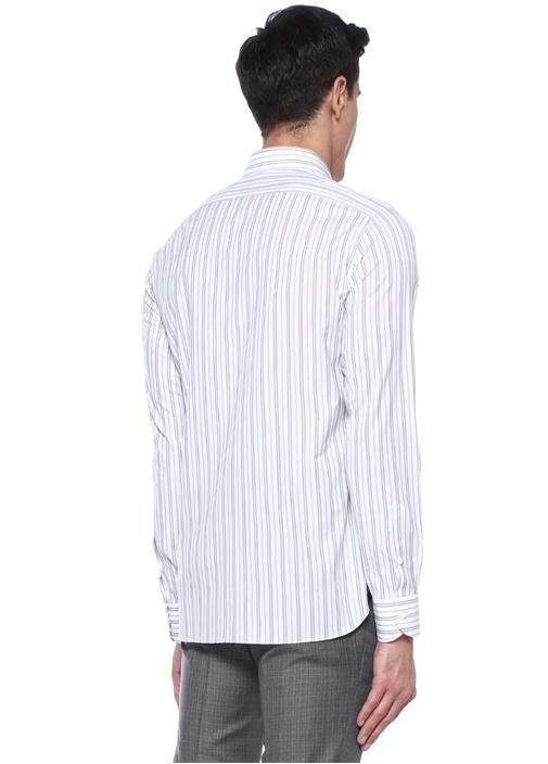 Beyaz Kesik Yaka Çizgili Gömlek