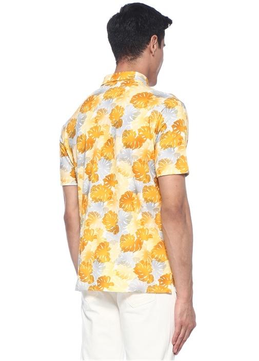Sarı Yaprak Baskılı Polo Yaka T-shirt