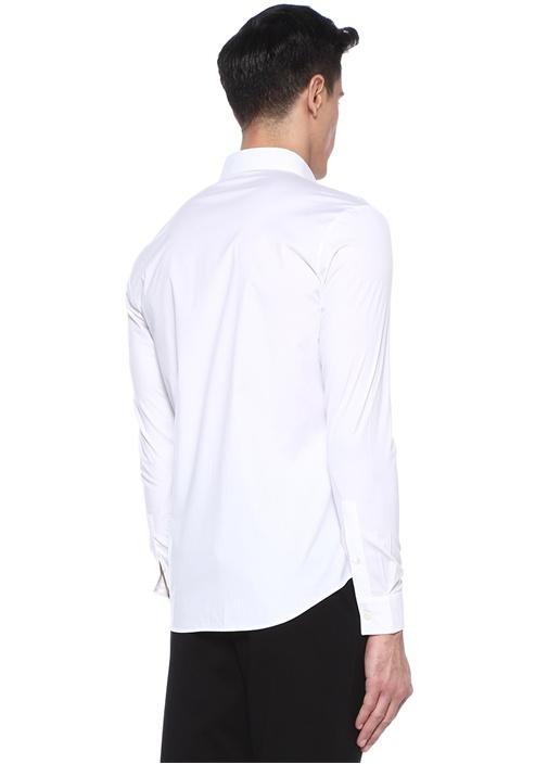 Beyaz İngiliz Yaka Logo Nakışlı Gömlek