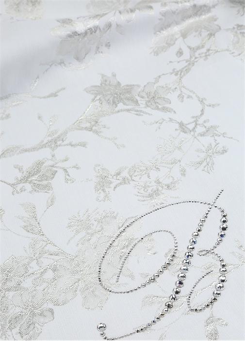 Vita Beyaz Çiçek Nakışlı Çift Kişilik Yatak Örtüsü