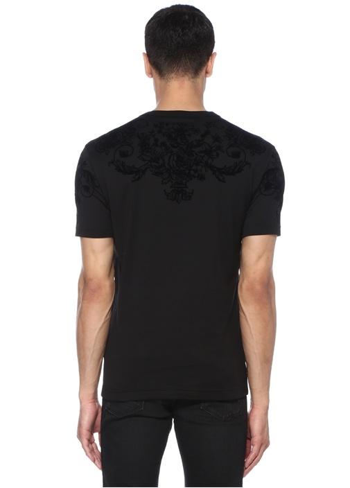 Siyah Yakası Kabartmalı Çiçek Desenli Basic Tshirt