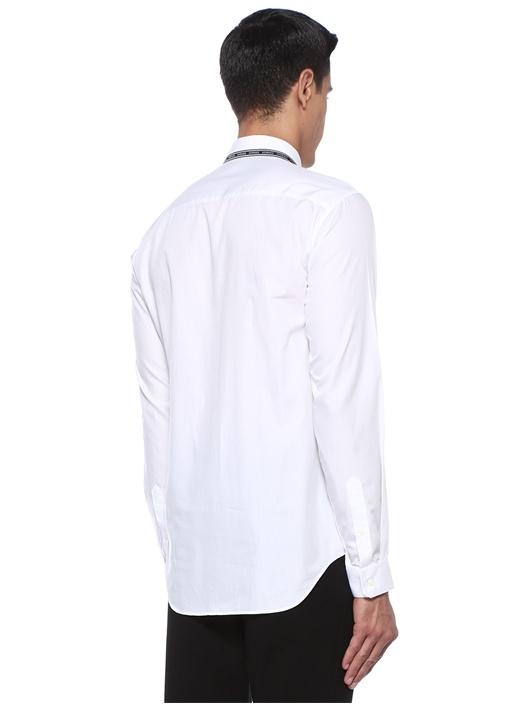 Beyaz Logo Şerit Detaylı Gömlek