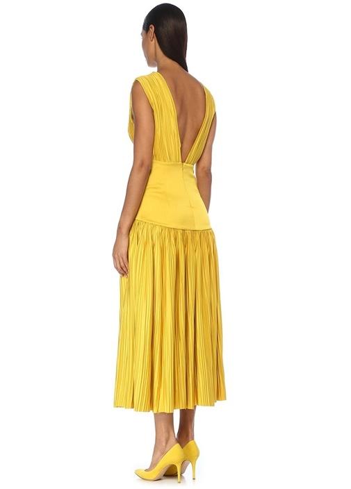 Sarı Önü Arkası V Yaka Pileli Midi Abiye Elbise