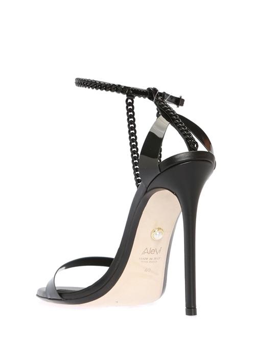 Valentina Siyah Zincir Şeritli Kadın Sandalet