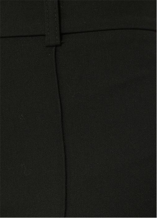 Siyah Paçası Fermuarlı Pantolon