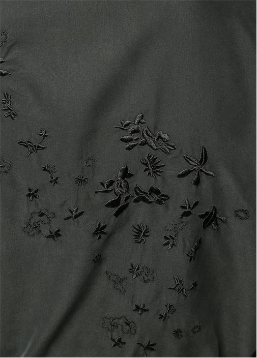 Kelebek Yaka Kuşaklı Sırtı Nakışlı Siyah Pardösü