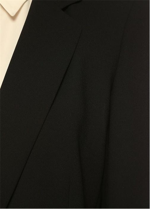 Siyah Tek Düğmeli Taşlı Broşlu Krep Ceket