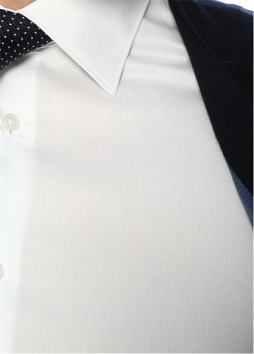 Custom Fit Beyaz Açık Yaka Çizgi DokuluGömlek