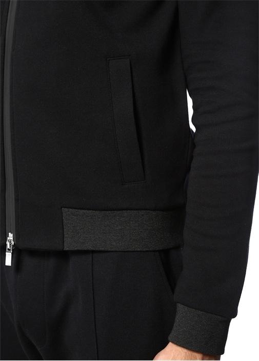 Siyah Kapüşonu Baskılı Sweatshirt