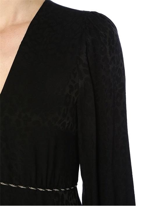 Siyah V Yaka Leopar Desenli Zincirli Mini Elbise