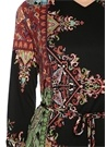 Siyah Şal Desenli V Yaka Midi İpek Elbise