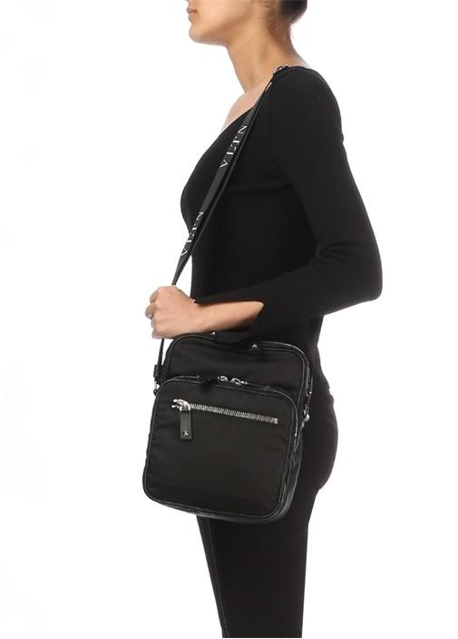 Siyah Çapraz Kadın Çanta