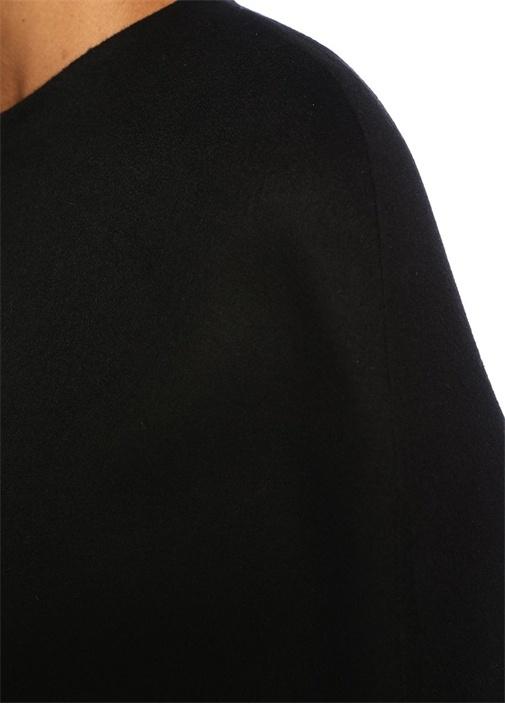 Siyah Sırtı Logo Jakarlı Yün Pelerin