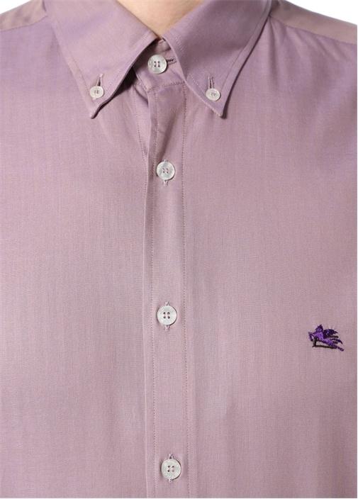 Pembe Yakası Düğme Kapatmalı Logolu Gömlek