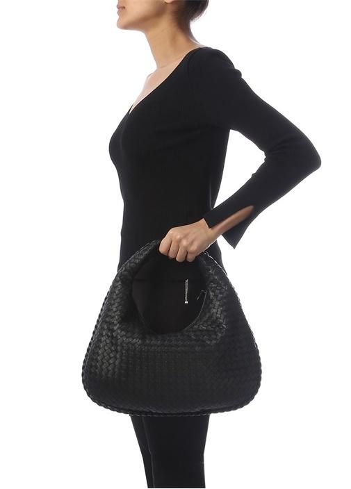 Veneta Medium Siyah Örgü Dokulu Kadın Deri Çanta
