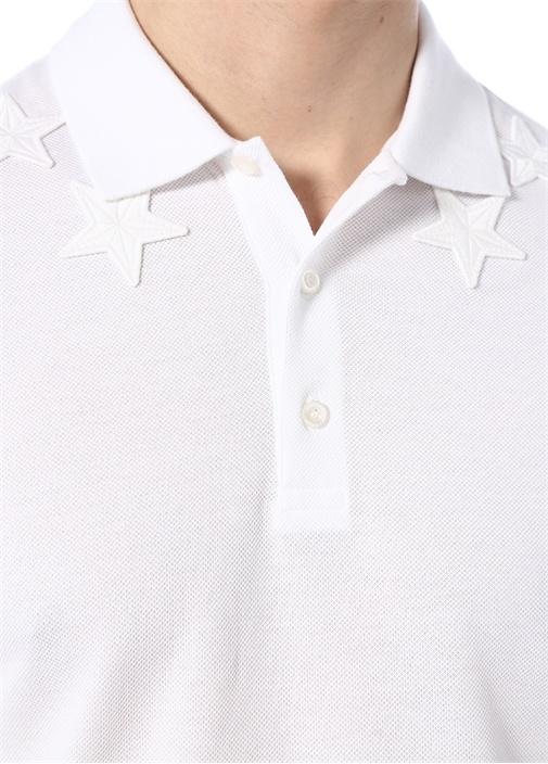 Beyaz Polo Yaka Düğme Kapatmalı Yıldızlı T-shirt