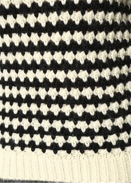Siyah Ekru Çizgili Örgü Kazak