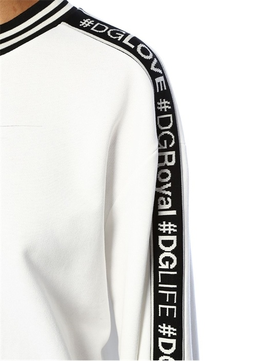Millennials Siyah Beyaz Şeritli Sweatshirt