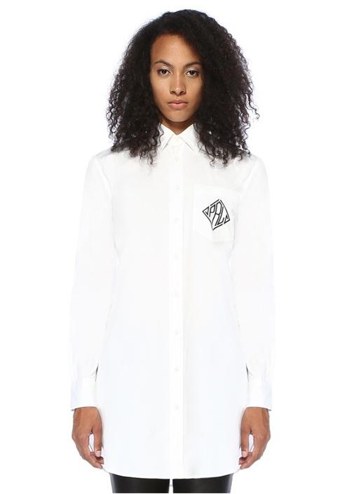 Beyaz İngiliz Yaka Nakış Detaylı Gömlek