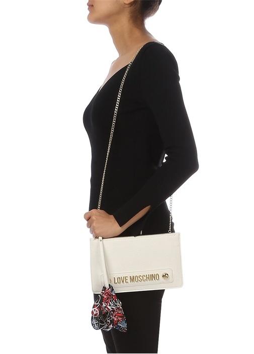 Beyaz Logolu Kurdele Detaylı Kadın El Portföyü