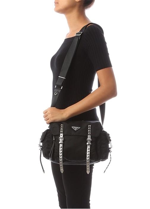 Siyah Troklu Logolu Kadın Çanta