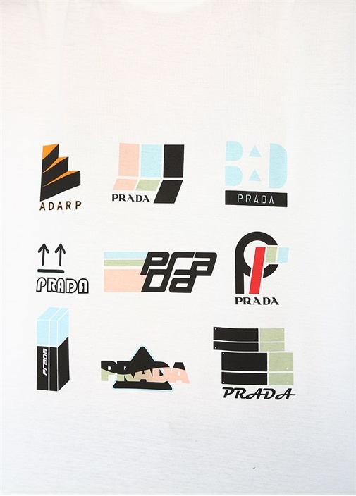 Beyaz Grafik Logo Baskılı T-shirt