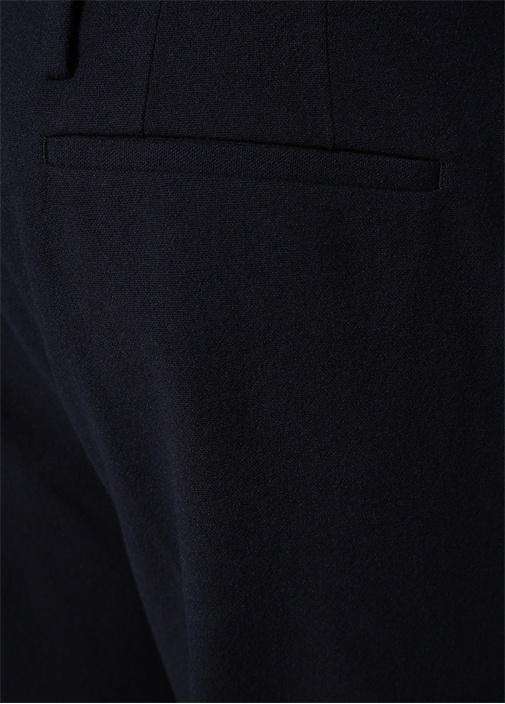 Lacivert Paça Detaylı Pileli Yün Pantolon