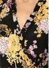 Siyah Çiçekli Fırfırlı Yarım Kol Anvelop Elbise