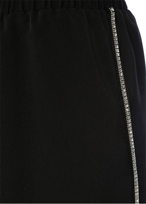 Siyah Yanı Taş Şeritli Yırtmaçlı Midi Krep Etek