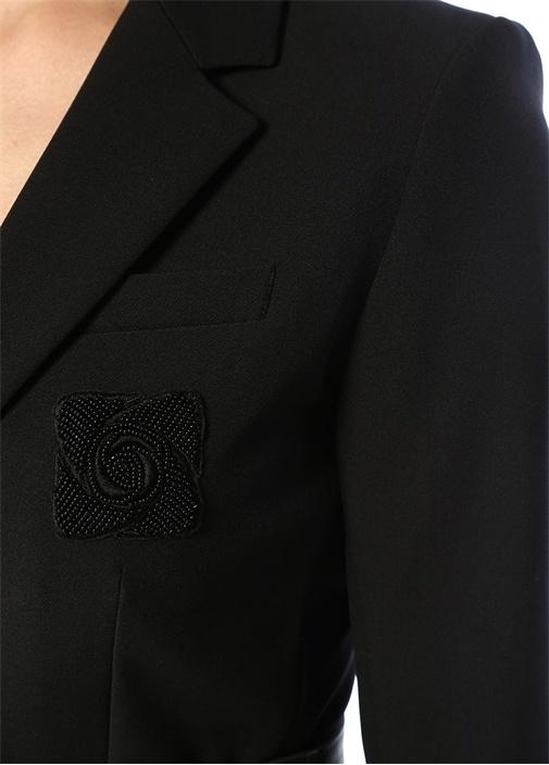 Siyah Kelebek Yaka Arma Detaylı Ceket