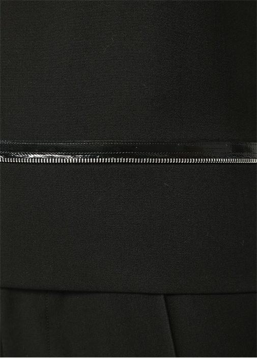 Siyah Rugan Fermuar Şeritli Kolsuz Yün Bluz